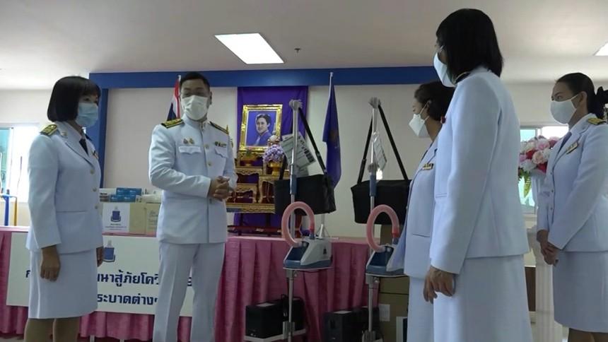 กรมสมเด็จพระเทพฯ โปรดเกล้าฯ ให้นำเงินจาก 'กองทุนชัยพัฒนา' จัดซื้ออุปกรณ์ทางการแพทย์มอบแก่ รพ.บางปะอิน